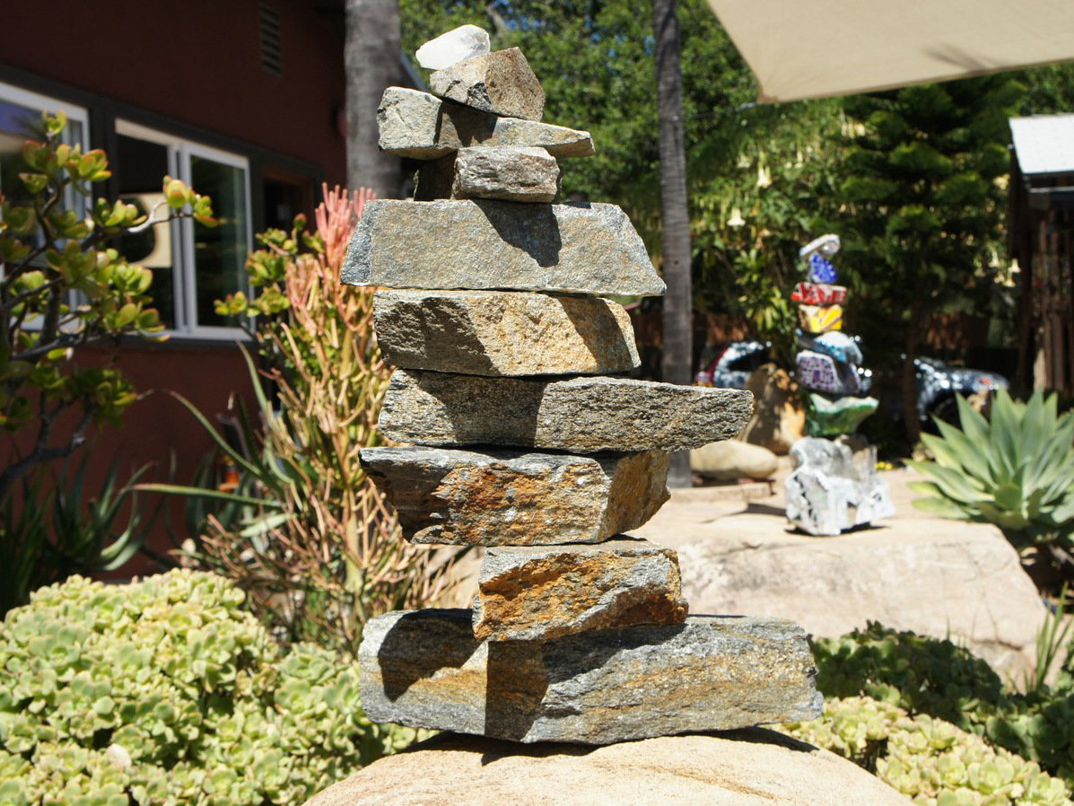 Stacked rock pieces for mosaic rock art