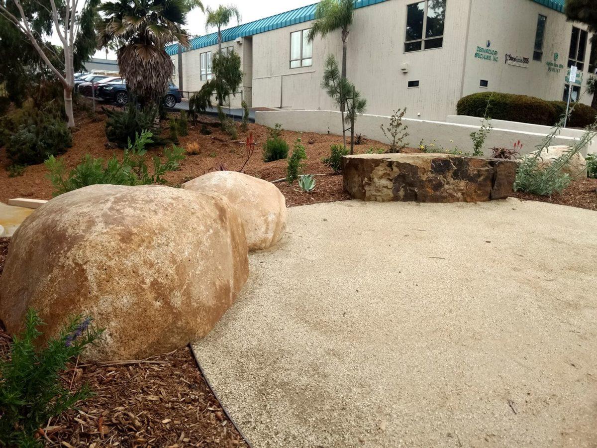 Desert Boulder, bench boulder
